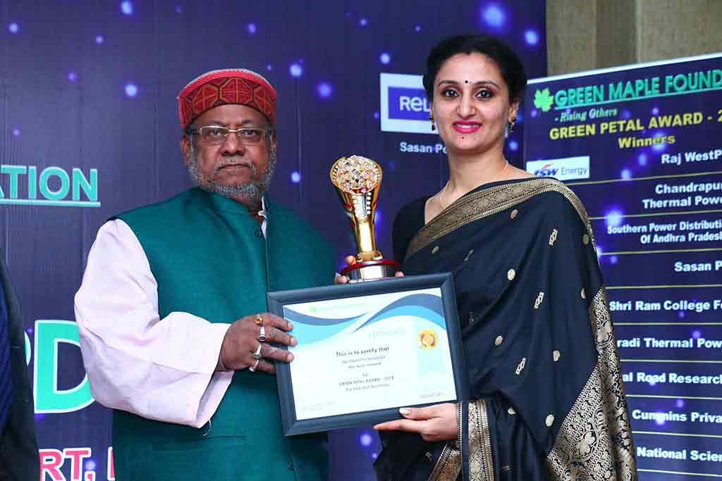 Top Hotel Management Institute IHA -award